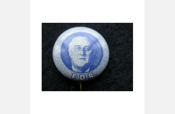 Unidentified maker, Campaign button: Image of Roosevelt F.D.R., ca. 1932-44. Metal, Gift of Miss Alice Hersch, 1941.251